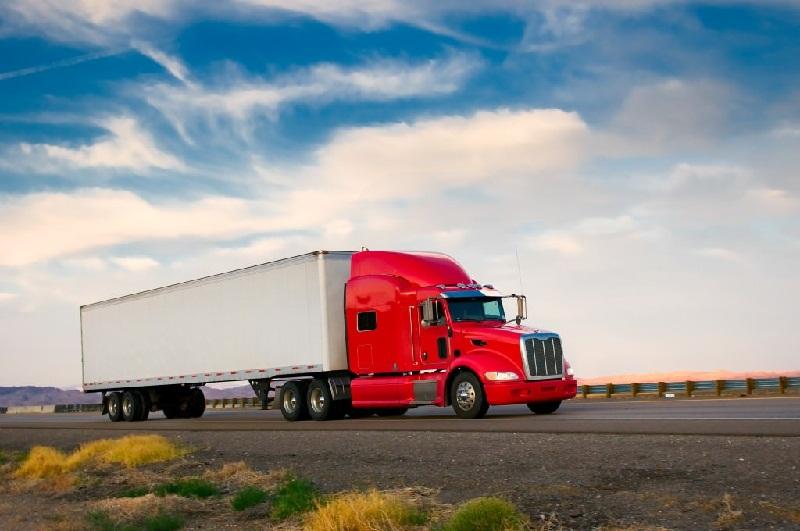 حمل کالا در کامیون ها