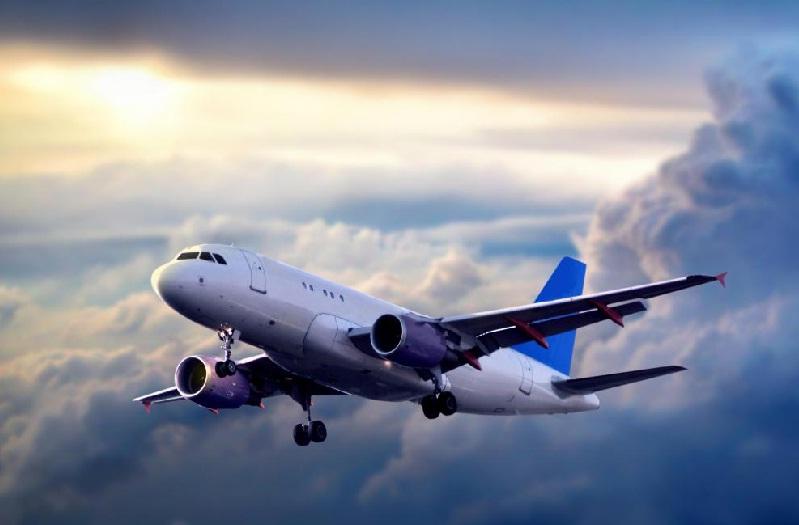 ویژگی های حمل و نقل هوایی؟