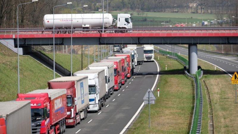مقایسه حمل و نقل ریلی و زمینی