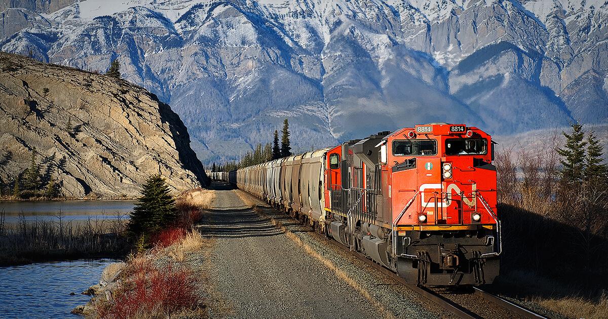 حمل بار فله با قطار