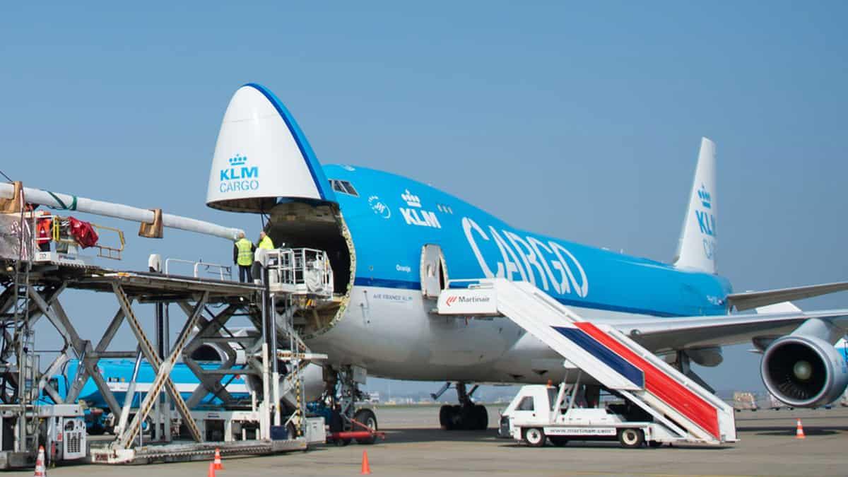 حمل بار فله با هواپیما